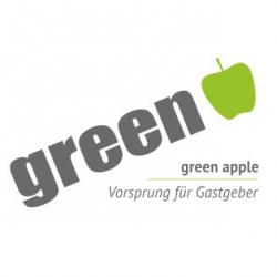 green apple - Vorsprung für Gastgeber